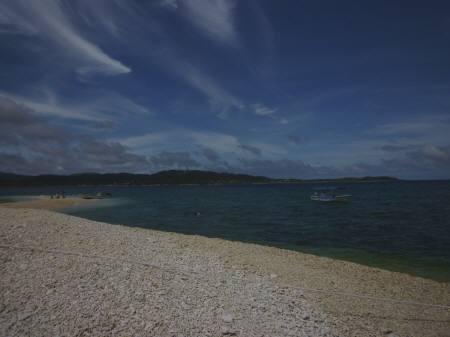 暗いバラス島